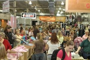 trade-show-crowds