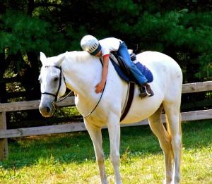 girl-horse-hug